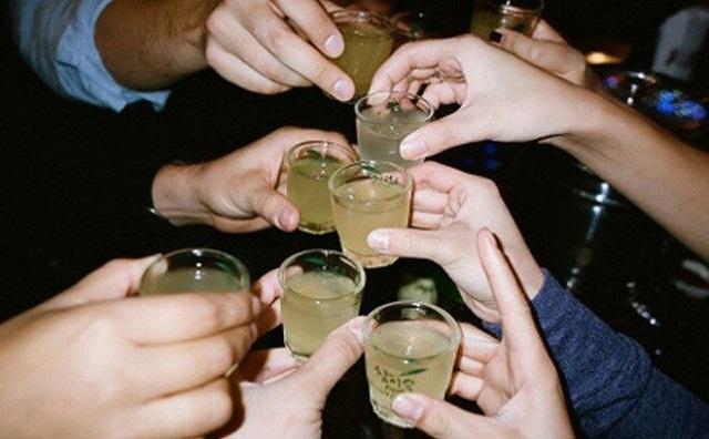 Mẹo uống rượu không hại sức khỏe